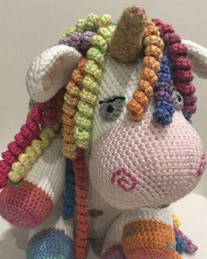 Rocket_licorne_crochet_5_amigucrochet